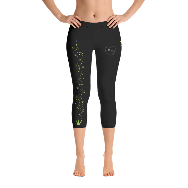 PF-Capris-FINAL2-Black-09_mockup_Front_Barefoot_White